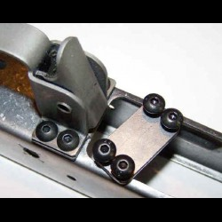 AK-Builder Trigger Guard Screw Plate
