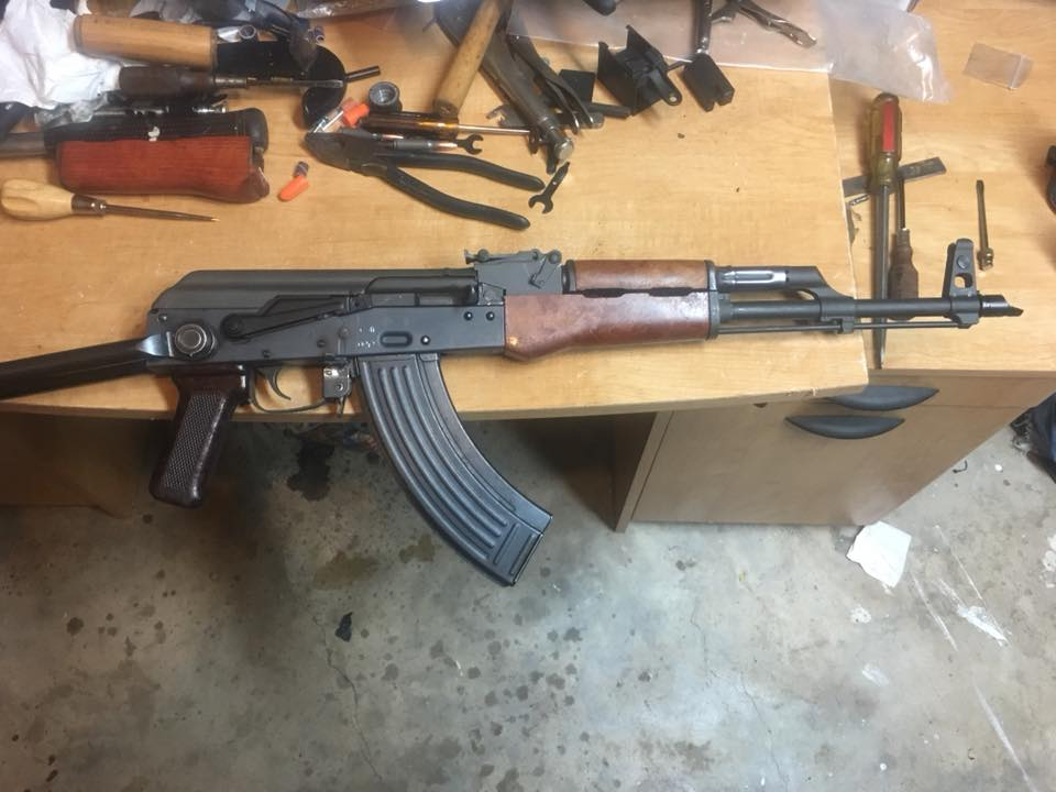 AK underfolder on workbench